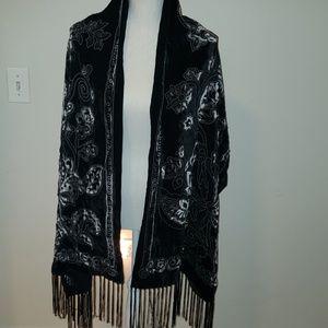 Other - Black velvet shawl